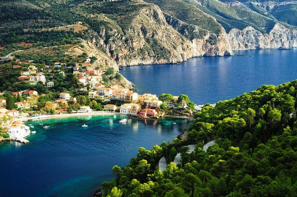 Assos a magical village in Kefalonia island