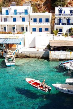 Loutro village A popular resort with crystal clear waters2