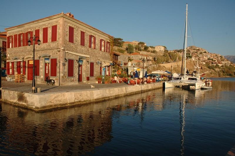 Mithymna port