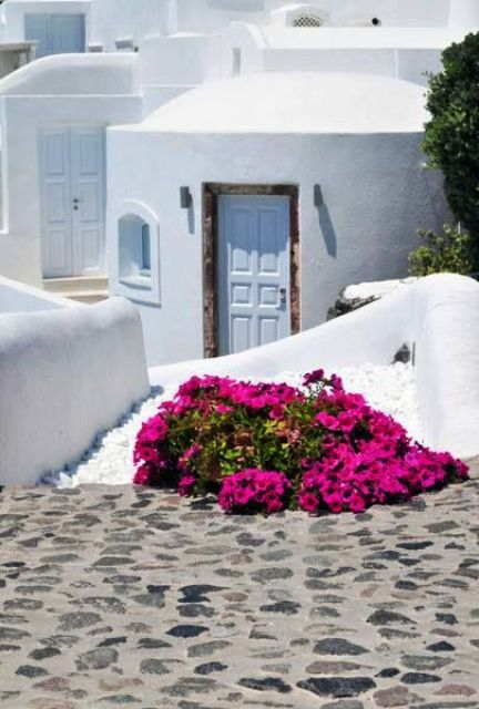Cyclades Homes in deep blue1