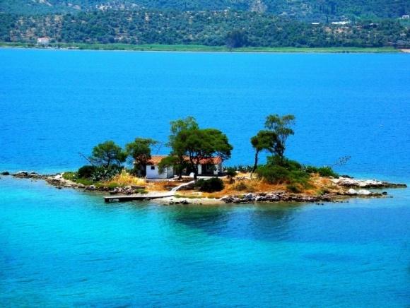 Poros island, Greece2