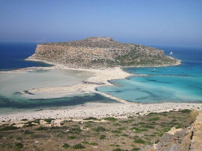 Travel to the best beaches in Greece for 2015