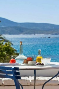 sxoinousa greek island