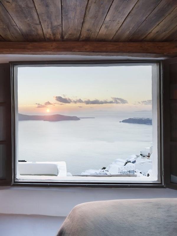 Sophia Caldera Suites on Santorini3